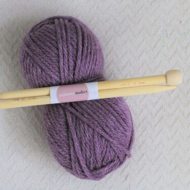 10mm knitting needles and super chunky yarn