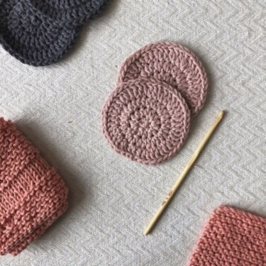 Moloneymakes Face Care Crochet Face Scrubbie Kit