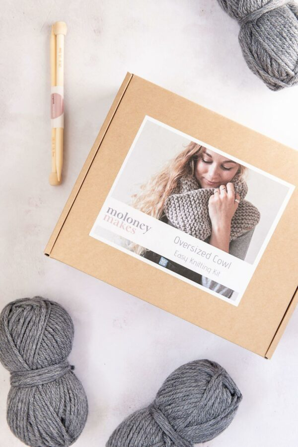 Moloneymakes Super Chunky Vegan Knitwear Cowl Knitting Kit