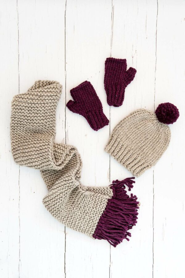 Moloneymakes Super Chunky Vegan Knitwear Knitting Kit Subscription Ultimate Complete Knitting Kit