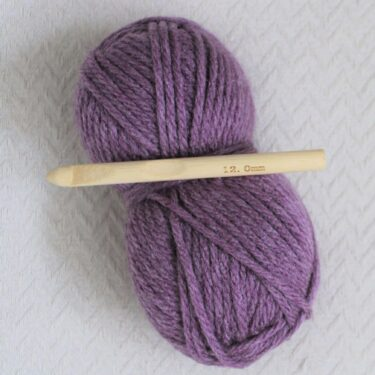 12mm crochet hook and super chunky yarn