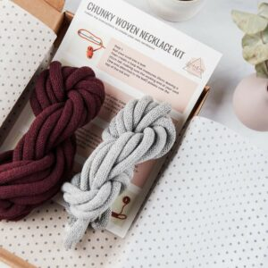 contents of chunky woven necklace kit consists of cotton cord, written instructions