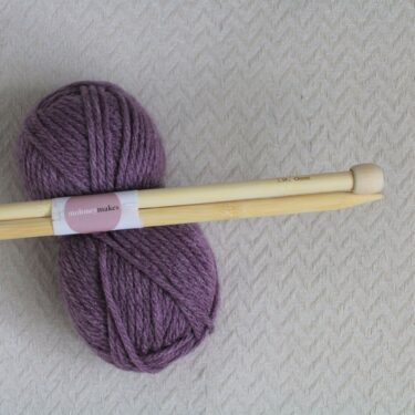 12mm knitting needles on super chunky yarn